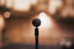 Open-mic-stage
